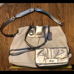 White and silver purse with wristlet/wallet